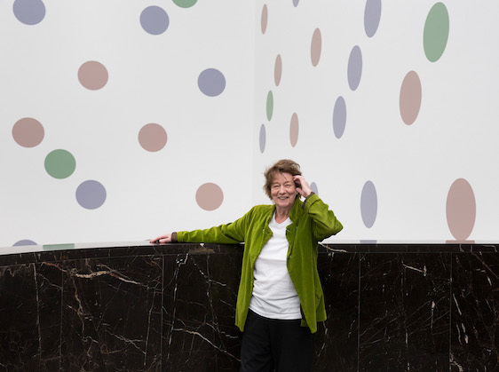 Bridget Riley with Messengers by Bridget Riley, Annenberg Court, The National Gallery © 2019 Bridget Riley. All rights reserved / Photo: The National Gallery, London